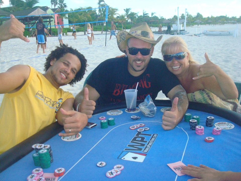 beach-poker